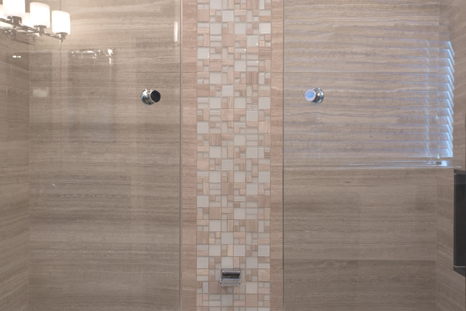 light brown tub tile details