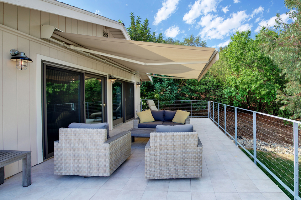 hillside veranda with retractable awning